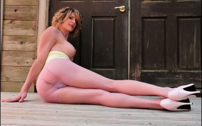 Yellow Tube Top & Pink Pantyhose GALLERY
